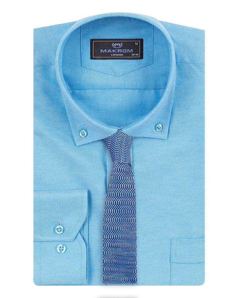 Buttoned down collar shirt